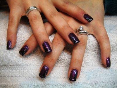 Pour daniella ongles pleins violet d co noir argent onglerie 39 a fleur de peau 39 lausanne for Comdecoration pour ongles naturel